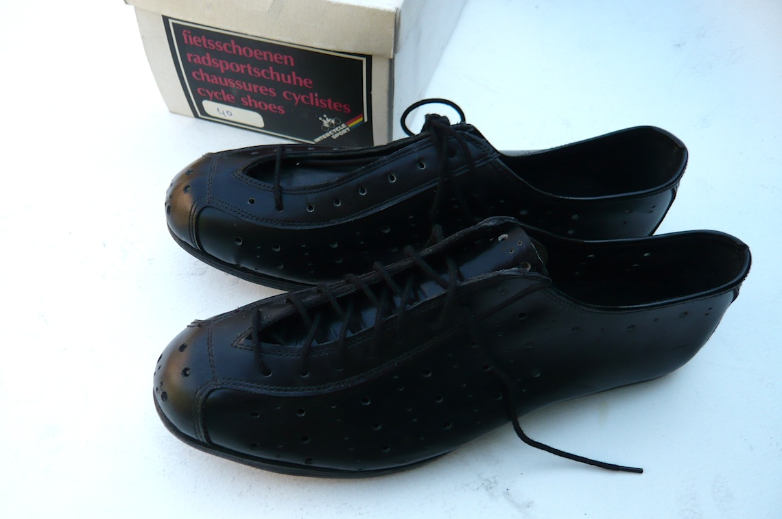 Italian Vintage Cycling Shoes Size 40 Classic Steel Bikes
