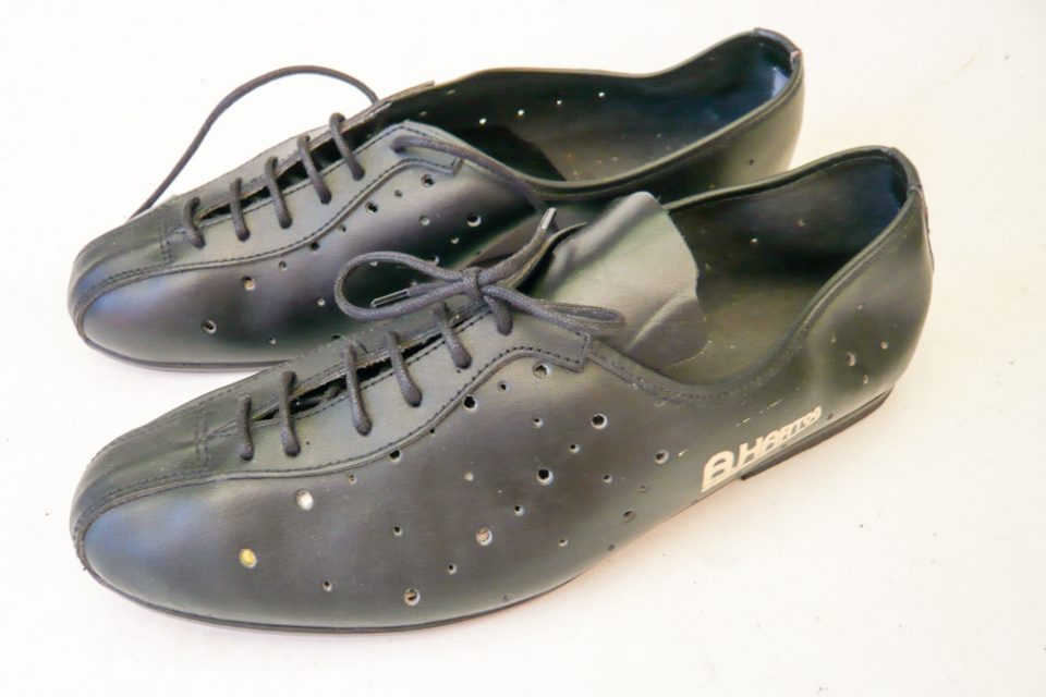 a-den-hartog-cycling-shoes