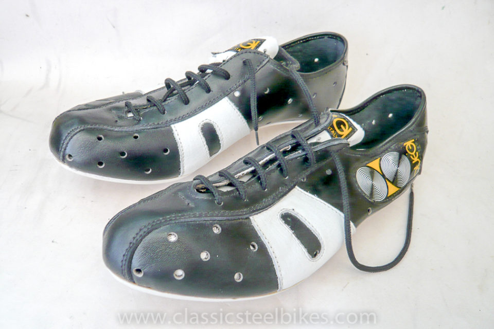 DUEGI Cycling Shoes size 42 1/2