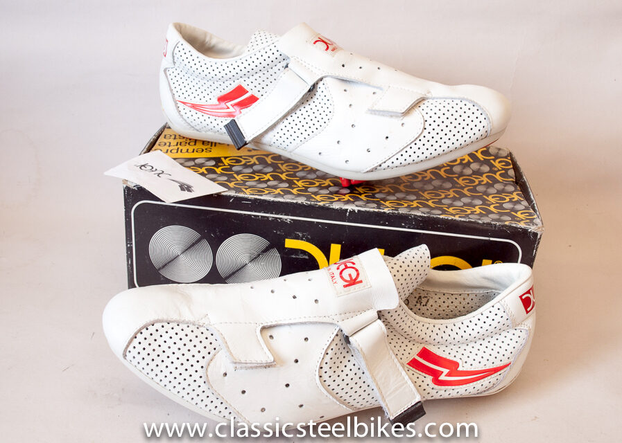 Duegi Cycling Shoes Vintage New