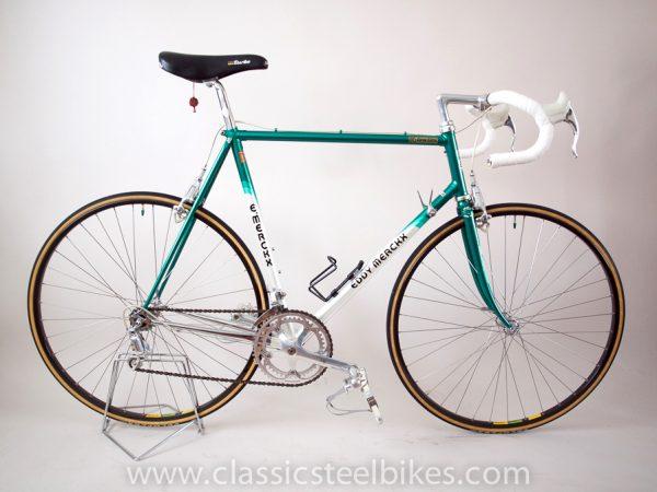 https://www.classicsteelbikes.com/wp-content/uploads/2019/01/Eddy-Merckx-Campagnolo-C-Record-1.jpg