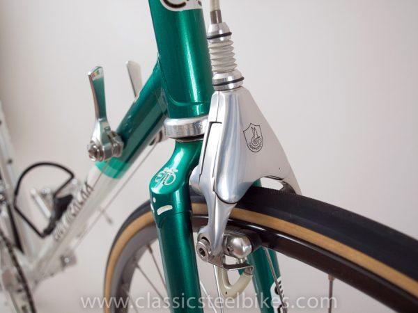 https://www.classicsteelbikes.com/wp-content/uploads/2019/01/Eddy-Merckx-Campagnolo-C-Record-6.jpg