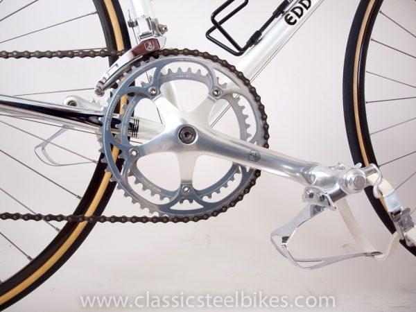 https://www.classicsteelbikes.com/wp-content/uploads/2019/01/Eddy-Merckx-Campagnolo-C-Record-7-2.jpg